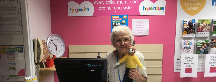 Brynmor - Meet 90 year old Maggie Taylor from Hope House….